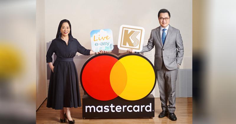 Mastercard香港及澳門總經理陳一芳(左)及啟勝董事朱啟明(右)。