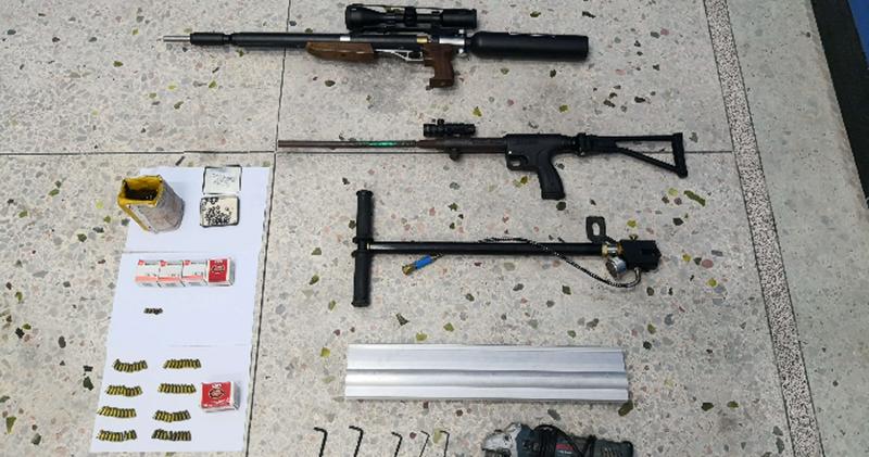 粵公安港澳警聯合清查 粵拘千餘人檢槍彈