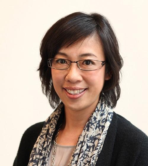 香港知專設計學院 (HKDI) 產品及室內設計學系高級講師黃志恒