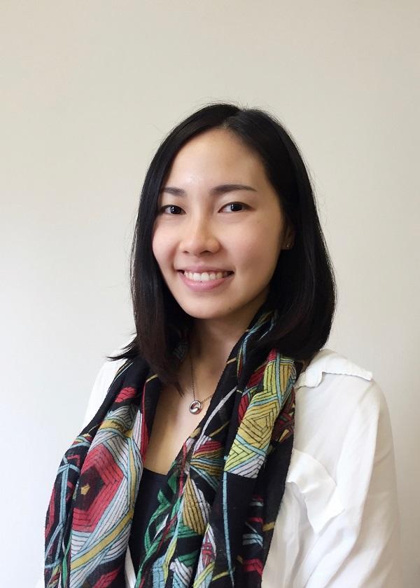 身兼牙科醫療集團總經理,以及青年會專業書院 ERB「牙科手術助理基礎證書」課程導師之一的楊嘉欣