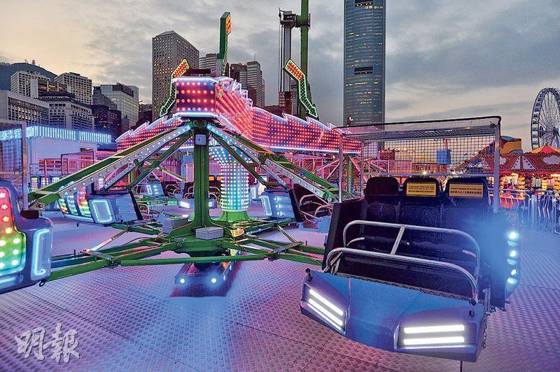 Sizzler Twist 呢個機動遊戲以360度高速平面旋轉,為今年新引入遊戲。(鄧宗弘攝)