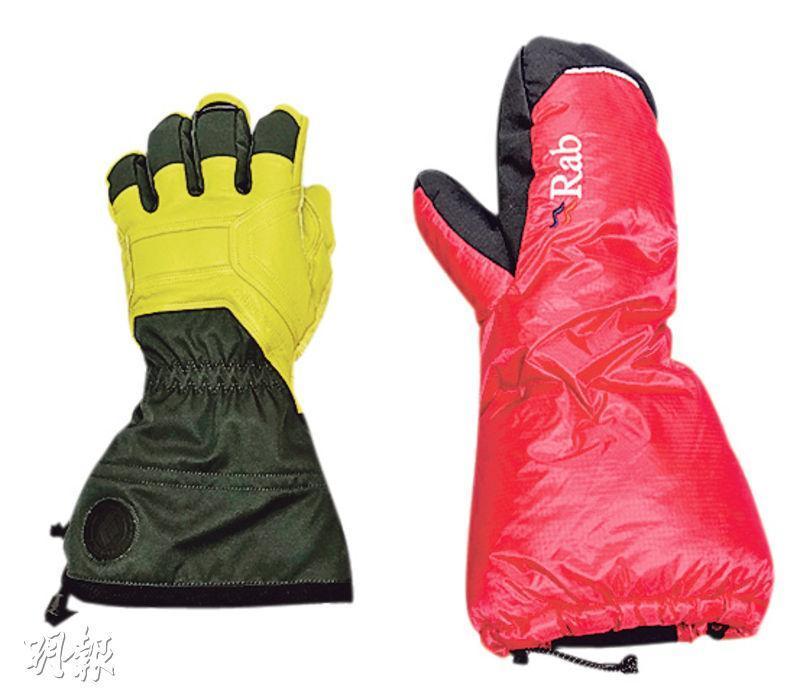 手套——登山手套(左),方便打結;連指手套(Mitten,右),極厚極保暖(圖:受訪者提供)