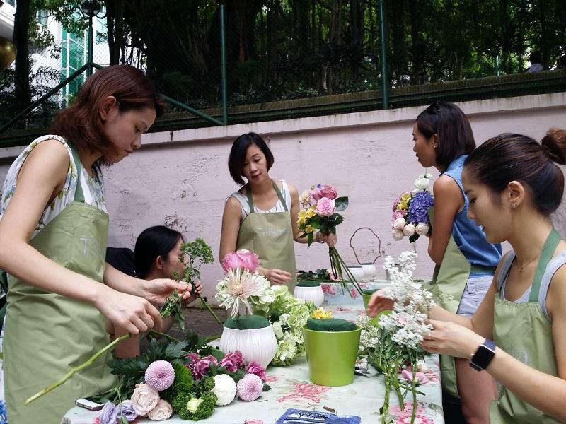 透過 Floral Jamming,每人都可自由創作獨一無二的花藝。