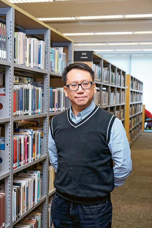CIHE商業及款待管理學院副教授、工商管理榮譽學士課程主任黃荻荃博士