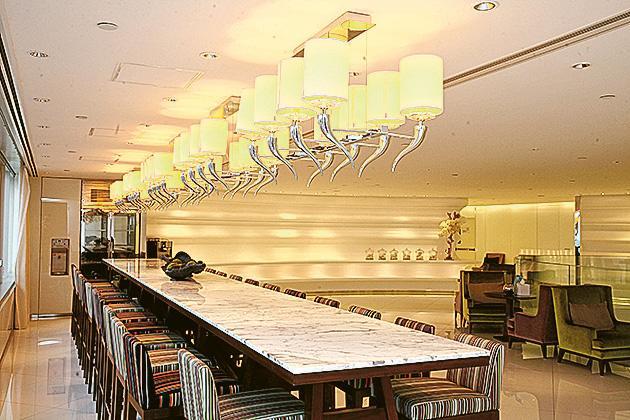 NEO DERM旗下的美容中心,希望為客戶提供舒適環境的同時,也為員工創造良好的工作空間。