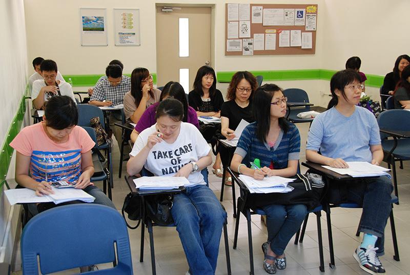 進修「簿記(LCCI Level 1 Bookkeeping考試)基礎證書」課程的學員,可考取專業資格,並投身會計文員工作。