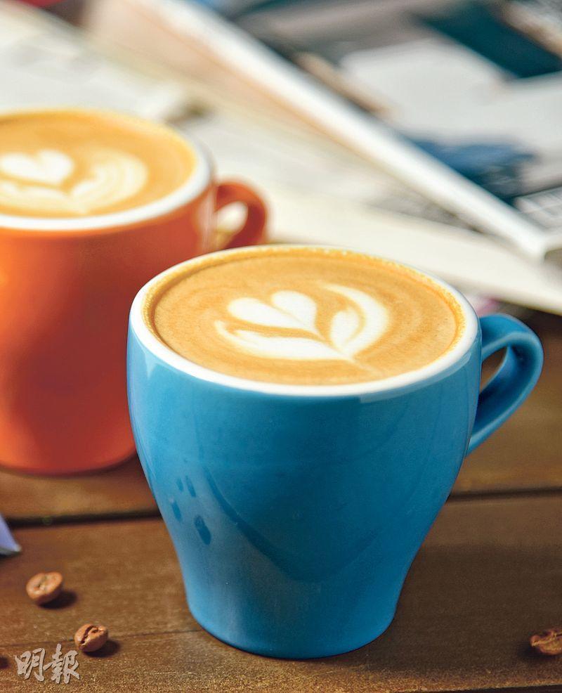 5oz Cappuccino——咖啡脂看上去較淺,原來Espresso基調也用上中淺焙,用埃塞俄比亞豆及哥倫比亞豆拼配而成,果酸活潑,本地來說很少見。($36,A)(圖:黃志東)