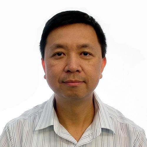 易高環保投資有限公司 (香港中華煤氣集團成員) 執行副總裁岑文輝