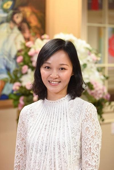 基督教香港信義會社會服務部服務總監 (長者服務) 黃翠恩