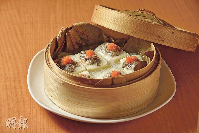 黑松露蛋白蒸豆腐﹕迎合近年的潮流,發展Fusion菜元素的素食,此菜式以近期流行的黑松露入饡。