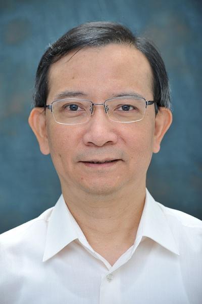 香港專業教育學院 (IVE) 屯門院校工商管理系高級講師盧尚義