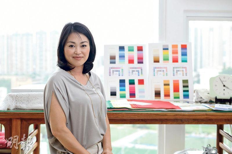 峰京子(圖)為香港唯一一個獲JAPCA色彩分析師資格的人,希望更多香港人認識個人色彩及骨架分析。