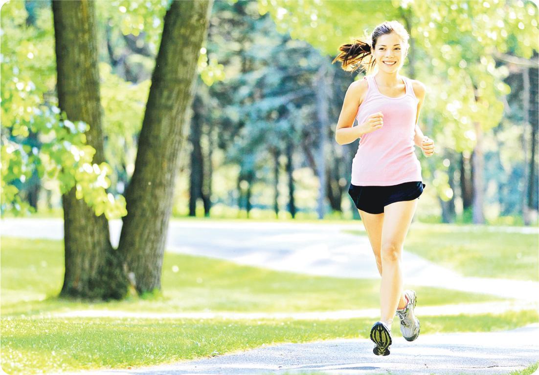 改善跑姿 利用不平衡器材輔助訓練,能強化下肢肌肉和關節協調力,對跑姿有問題而引致膝傷的跑手,可改善跑姿。(圖:Maridav@iStockphoto)