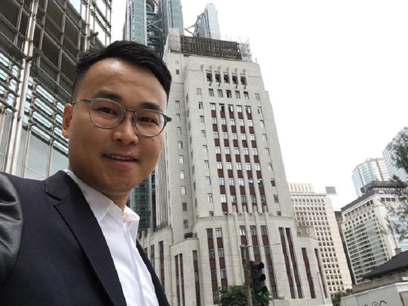 香港大學建築文物保護課程學部講師、古蹟項目顧問余家聲
