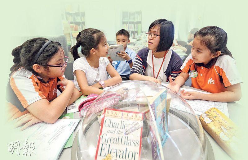 寫作需改善——Lilian認為香港小學生英語的聽、說能力不差,只是寫作能力最弱,有待改善。