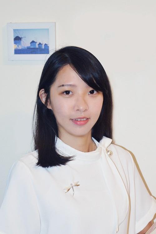 陸嘉雯 (Karmen)