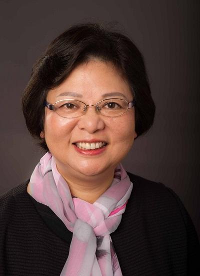 註冊護士、註冊助產士、香港護理學院會員何麗芳
