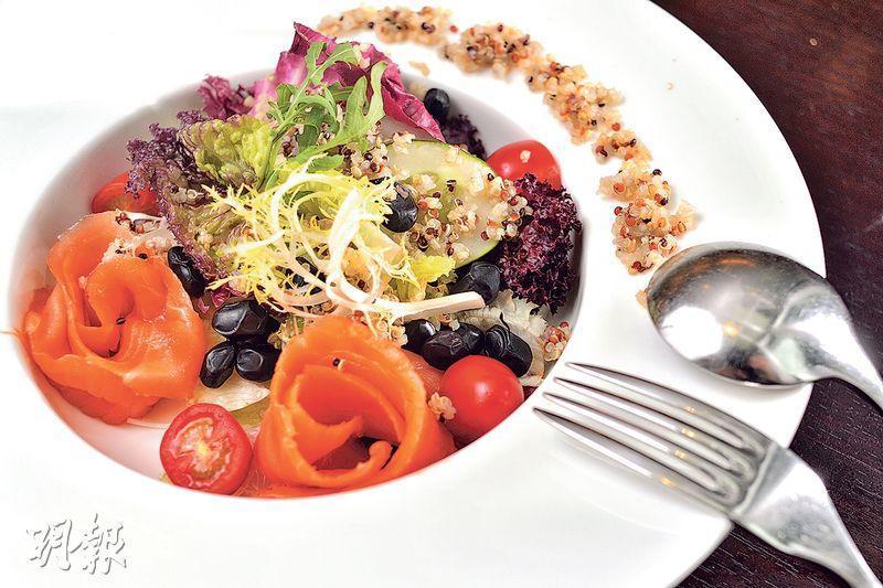 吸收奧米加3——平日可適量吃三文魚,吸收奧米加3脂肪酸,減低過敏及發炎機率。(資料圖片)