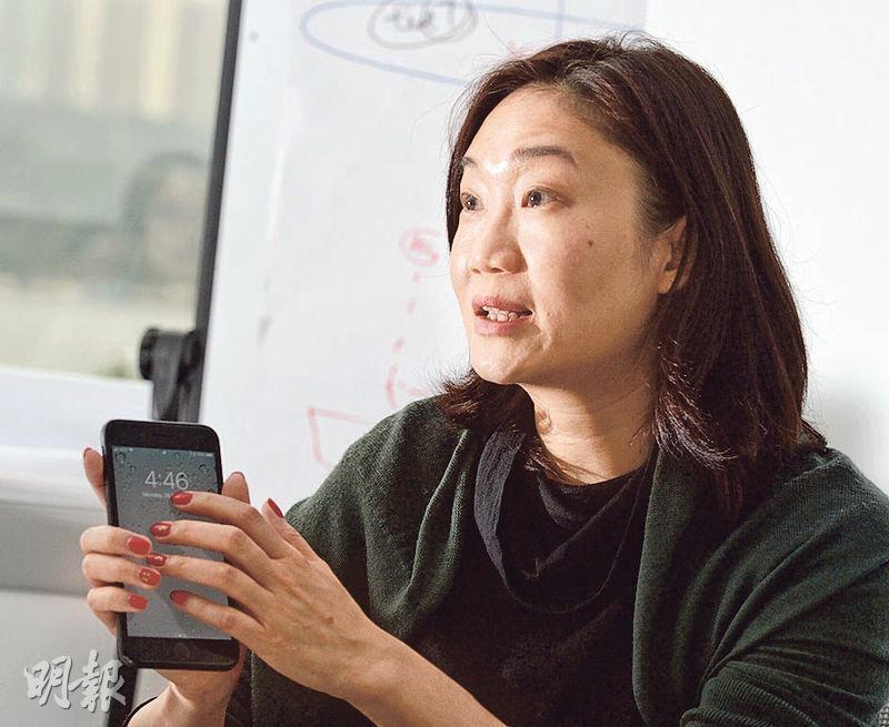 跨國科技公司VMware大中華區高級市場總監蘇美芬是行內少有的女性,她表示研發部門招聘時,逾八成求職者都是男性。她勉勵有志進入創科業的女性,「不要將少數與弱勢畫上等號,有能力就有機會」。(劉焌陶攝)