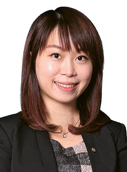 高級營業經理紀燕玲(Kay Kay)