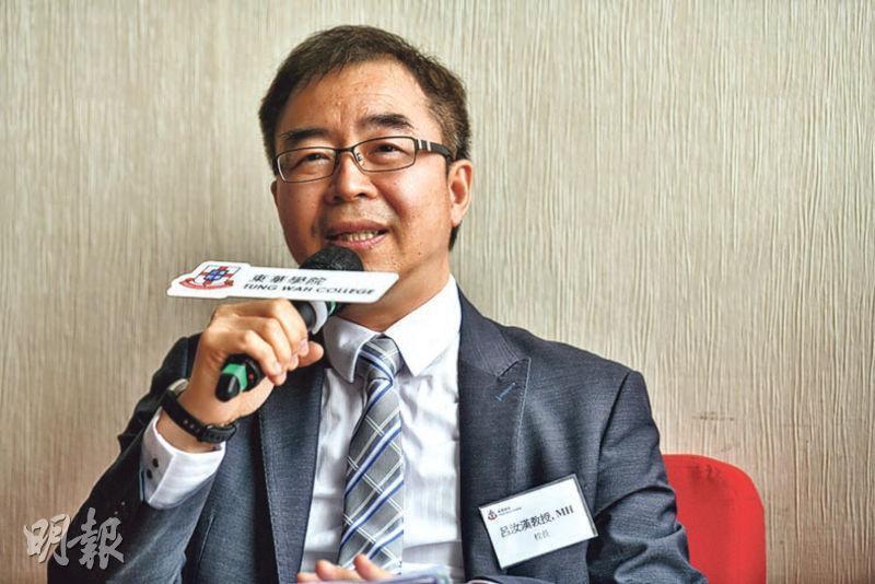 東華學院校長呂汝漢指今年9月有望開辦自資物理治療學士學位課程,學額為50個。(馮凱鍵攝)