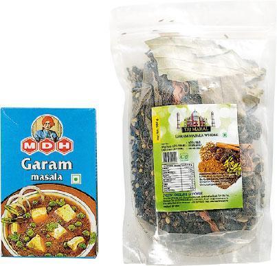 Garam Masala——未磨跟現成磨好的Garam Masala,這裏均有售賣。(左:100g/$14,右:200g/28,B)(圖:鄧宗弘)