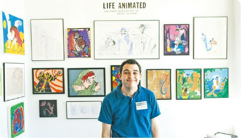什麼吸引我?——歐文蘇斯金 (Owen Suskind)三歲起確診自閉症,只有迪士尼動畫能吸引其注意。(圖:安樂影片)