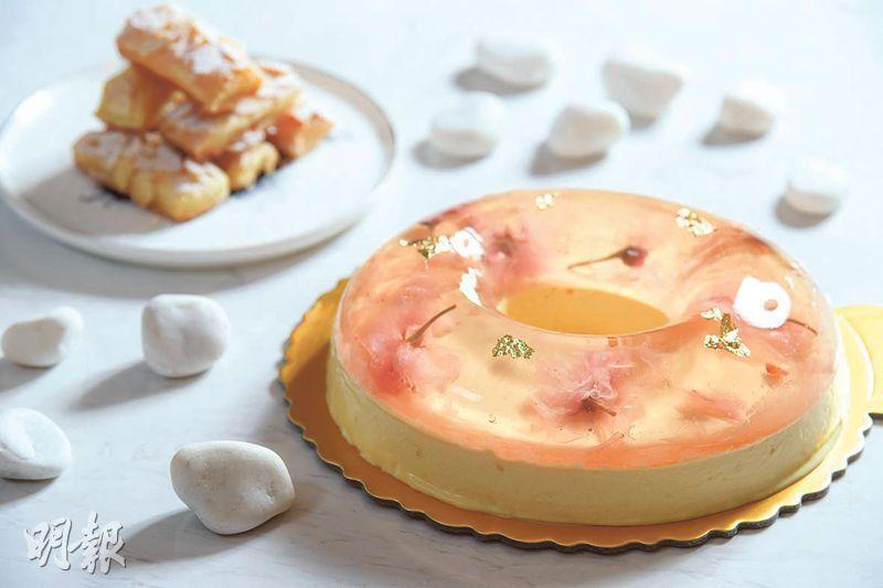 精緻成品——在詳盡的食譜及同步短片幫助下,即使記者是甜品初哥亦能製出精緻蛋糕及香脆酥餅,無論是賣相或味道都令人驚喜。(黃志東攝)