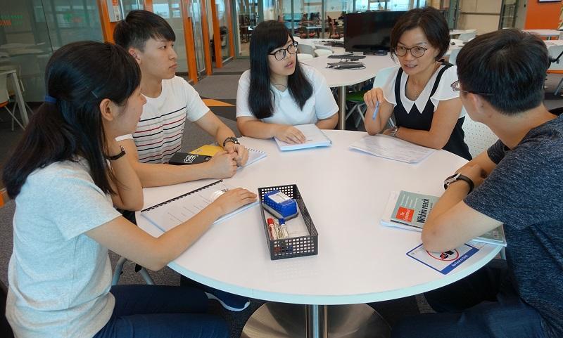 通識教育以跨學科的訓練模式,着重培育多角度及批判思考能力,有別於一般的傳統學科。