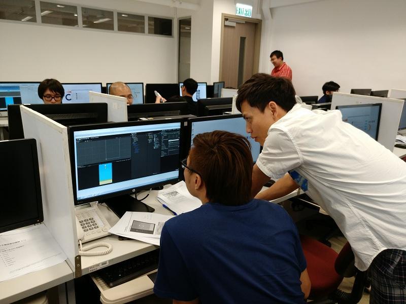 課程中,學員會學習跨平台遊戲開發引擎 Unity,它支援 Windows、Mac ,及大部分移動裝置平台。