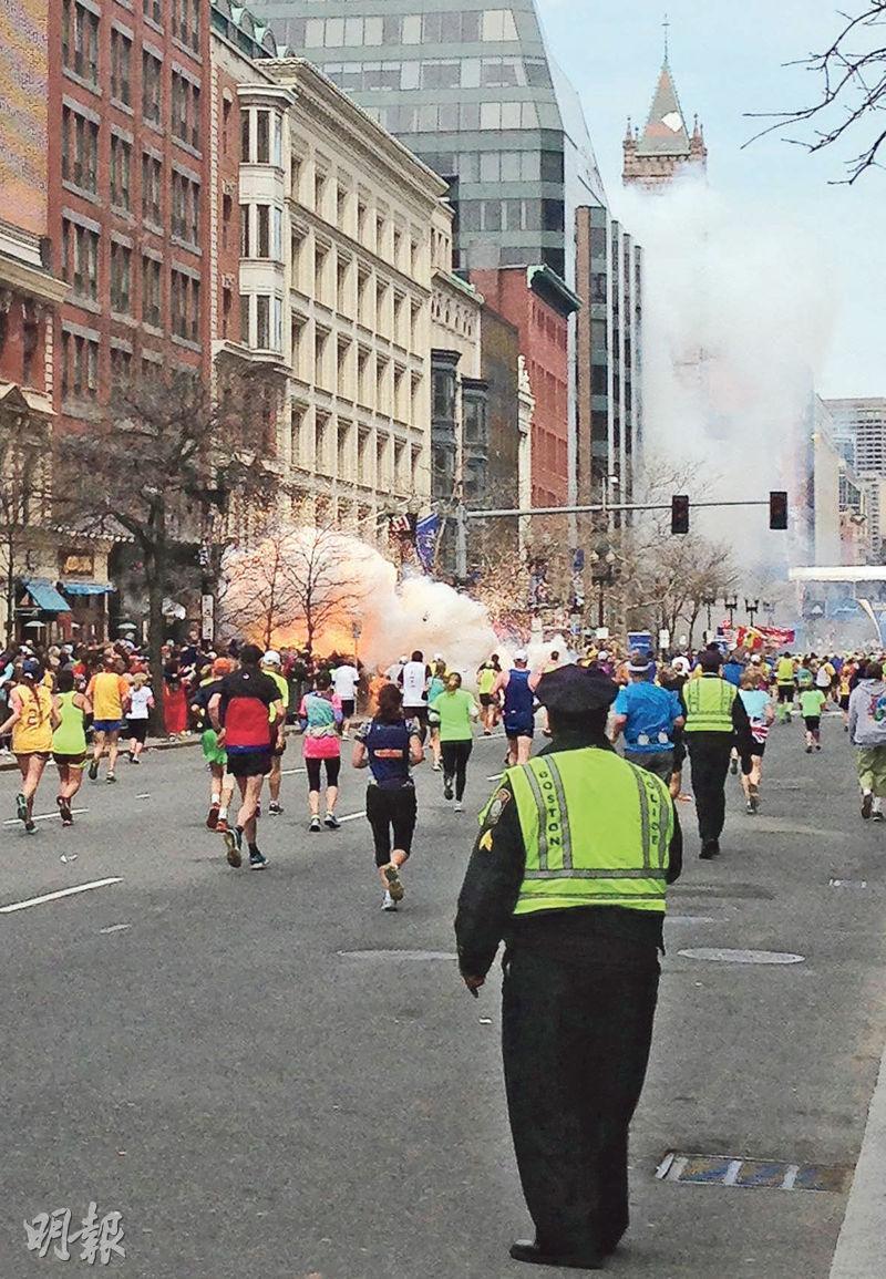 2013年4月15日美國波士頓馬拉松發生連環炸彈襲擊,造成3死264人傷,17人因而要截肢,是美國自911恐襲後最血腥襲擊事件之一。(資料圖片)