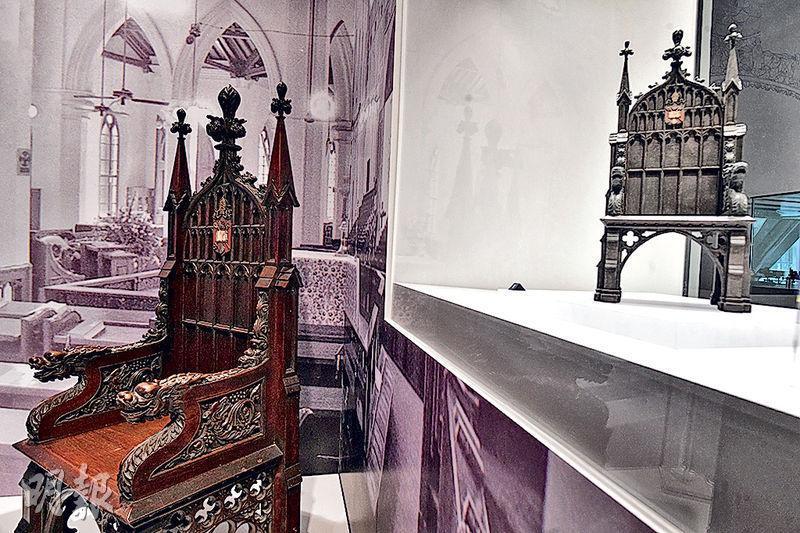 團隊運用三維激光掃描技術,按比例為中環花園道聖約翰座堂嘅主教座(圖)製成立體打印模型。(馮凱鍵攝)