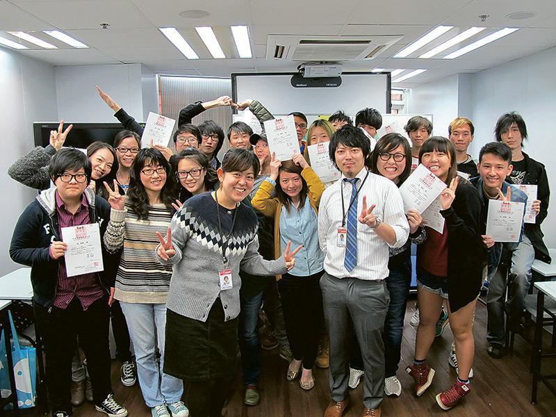 畢業生可獲新宿日本語學校頒發修畢證書,所獲資格與於日本修讀無異,他們更可到日本升學,銜接該校的日語課程。