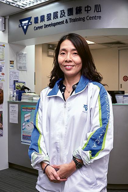 香港基督教女青年會職涯發展及持續教育部經理李雅琪表示,護理行業發展空間相當大,無論新入職或從業員都可藉着持續進修,開拓縱向或橫向的發展機會。