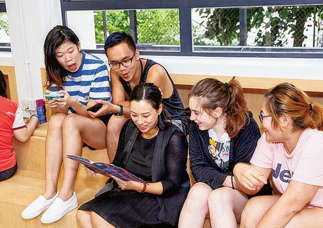 Student Learning Commons氣氛自由,師生可在課餘時輕鬆交流切磋,對學習不無幫助