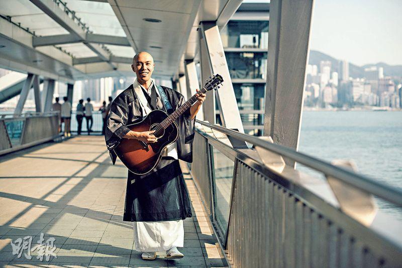 來港宣傳——12月將首度來港舉辦個唱,藥師寺寬邦月前率先來港與歌迷見面。(馮凱鍵攝)