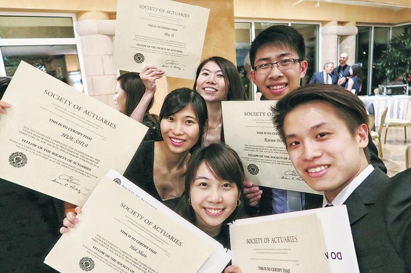 若求職者早於大專階段開始考取專業試,有助向僱主反映投身該行業的決心。(相片由香港中文大學提供)