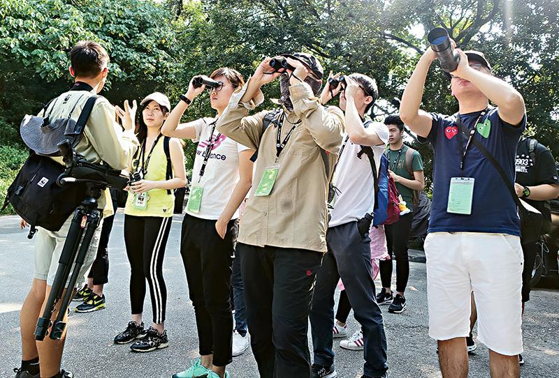 米埔自然保護區及周邊的后海灣濕地是候鳥的天堂,學生當然不會放過這個觀鳥的機會。
