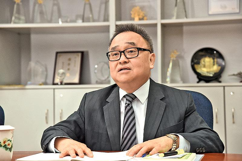 明愛社區教育服務總主任馮國安博士