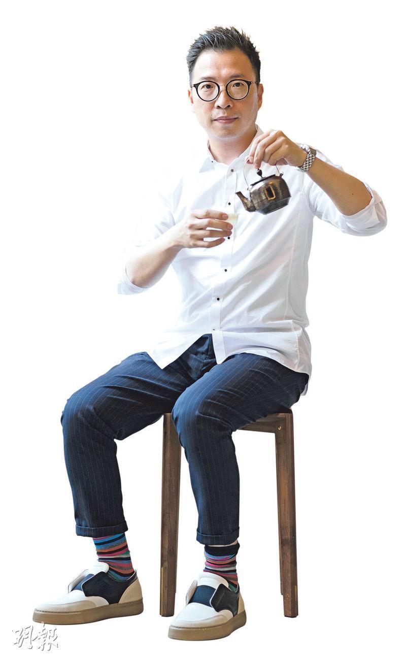 推動陶瓷藝術——Enders說除了研討金繼,他更想推動香港傳統陶瓷藝術,例如廣彩。(蘇智鑫攝)