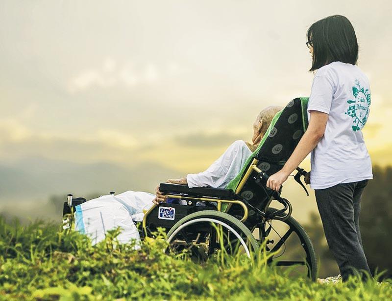 當生命走到盡頭,相信不少人會選擇接受紓緩治療,寧願「好死」而非痛苦地延續生命。(圖片來源:https://pixabay.com)