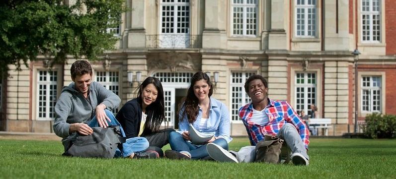 德國大學主要分為兩大類型:傳統的綜合大學及新興的應用科技大學。