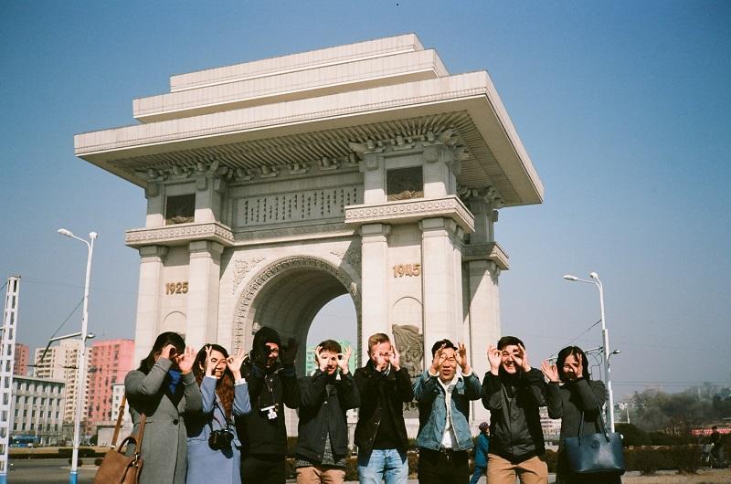 Cman藉着每次旅程,認識不少來自世界各地的團友。(受訪者提供)