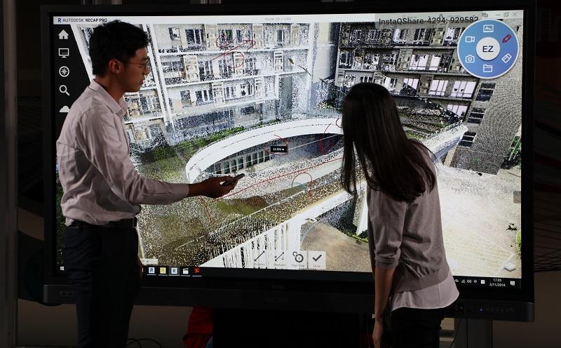 建造業應用BIM技術已是大勢所趨,學院亦加強 「建築科技及設計」課程學生在有關方面的培 訓,以迎合智慧城市人才所需。