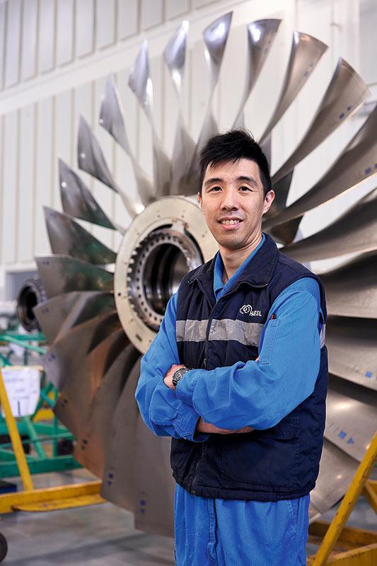 吳子健現時除了引擎大修部的前線工作,亦開始涉足項目設計、新人培訓等工作。