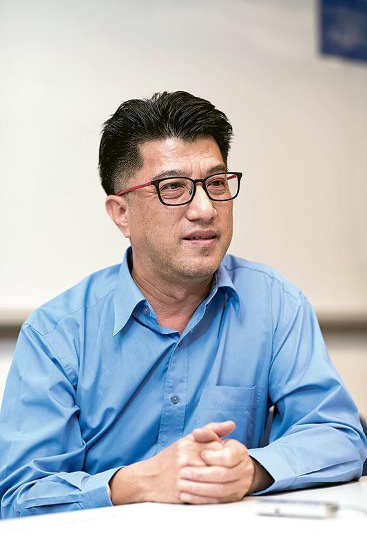 省躬草堂醫療中心主席黃永賢先生