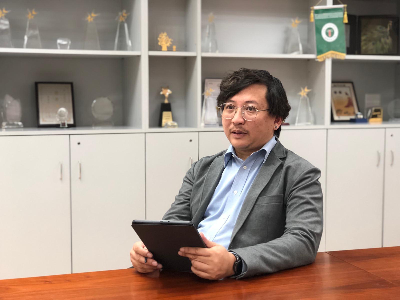 明愛社區書院副院長 (學術) 馮志豪博士