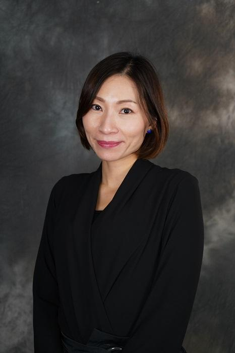 香港知專設計學院建築、室內及產品設計學系講師兼珠寶設計相關課程課程主任鍾倩薇 (Anna)