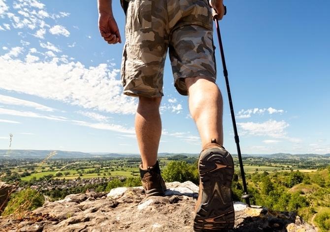 物理治療師籲勿輕視行山 不熱身易傷關節