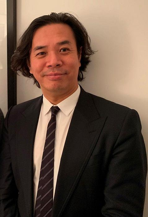 香港大學專業進修學院語言中心主任陳德奇